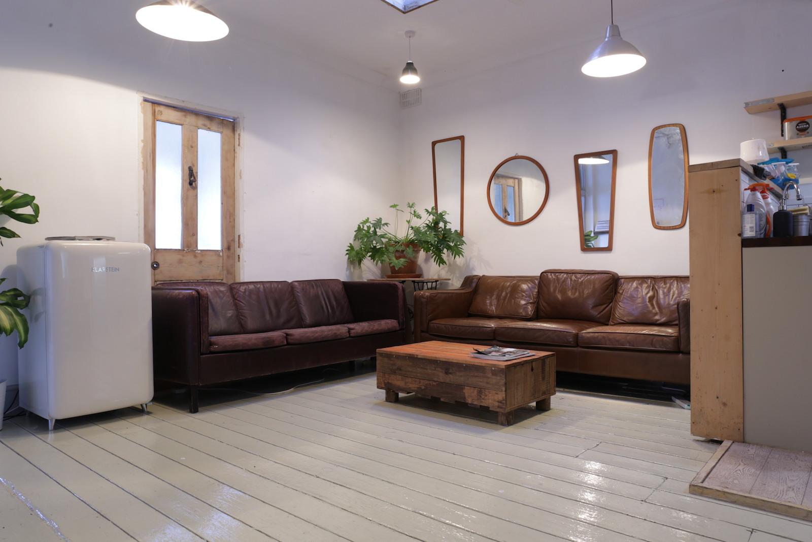 Belt Craft studio Green Room